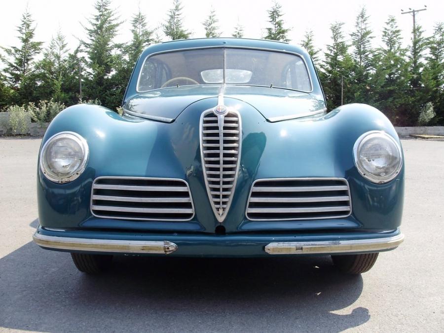 Alfa Romeo 6C Freccia D'Oro